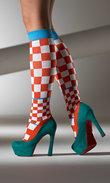Stödstrumpor med rutor i glada färger - Vogue